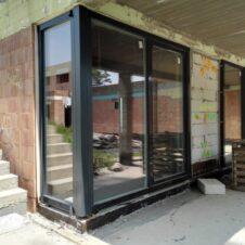 Okná s hlinikovou kapotážou